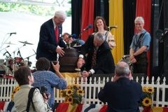 2008: Mayor Tom Henry draws the first pitcher