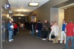 2009/02/28: The line