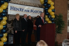 Mayor Tom Henry