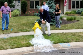 2015/07/29: Mayor Tom Henry starts the City water flowing