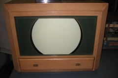 An early Magnavox TV
