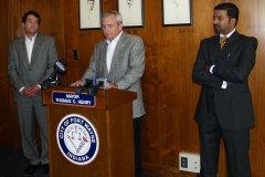 2009/07/01: Ozzie Mitson, Mayor Tom Henry, Kumar Menon