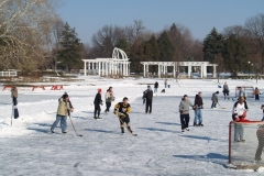 Ice Skating at Lakeside Park