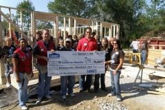 Local female TV and radio personalities and Lowe's volunteers
