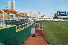 2009/04/09: Outfield wall