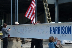 2009/07/01: Signing the final beam
