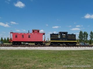 USA 1231 Diesel Locomotive and the Wabash Caboose