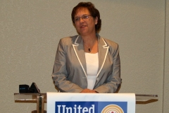 2009/07/27: Beth Regedanz, Chief Advancement Officer Community Foundation